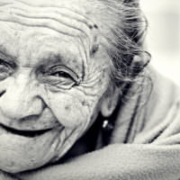 picture of an elderly woman smiling